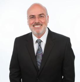 Dr. Carlos Ramos.jpg
